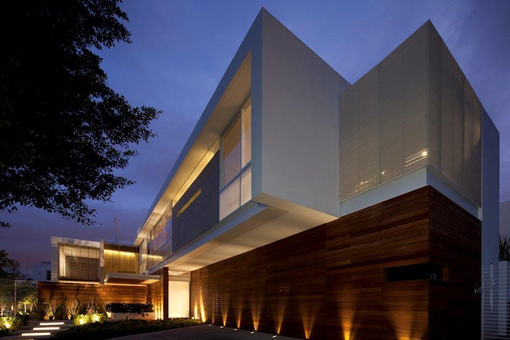 FF House by Hernandez Silva Architects