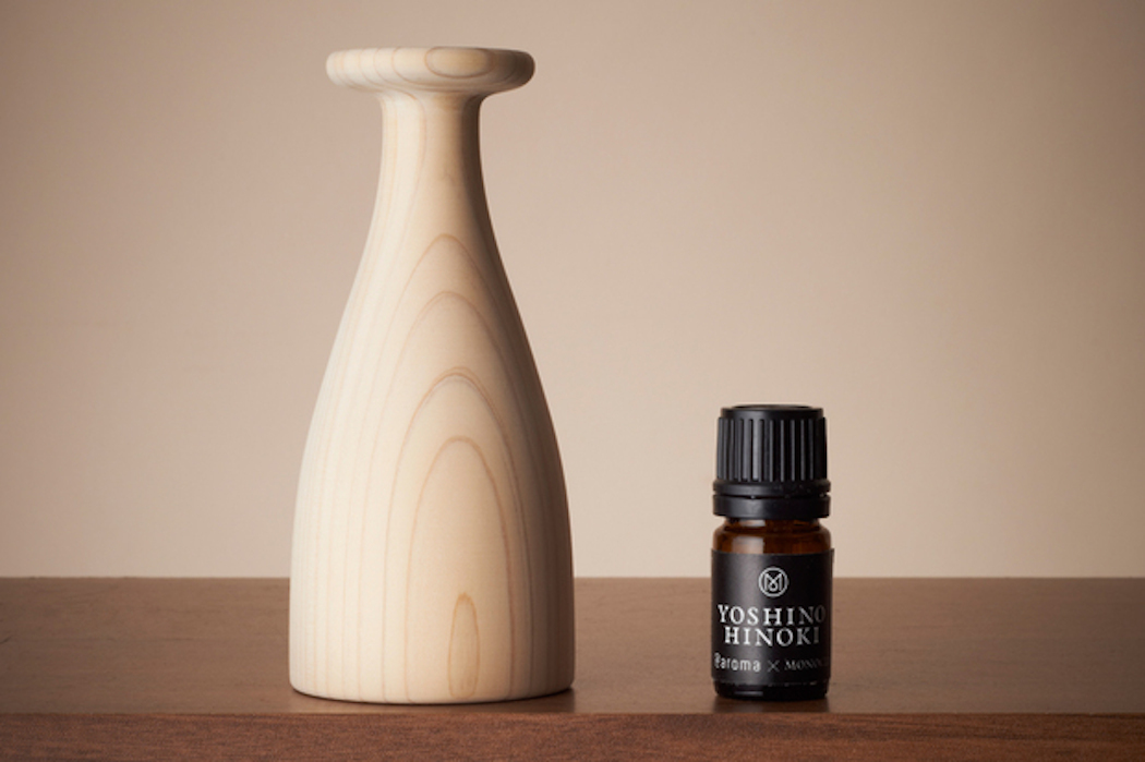 Yoshino hinoki diffuser by Monocle