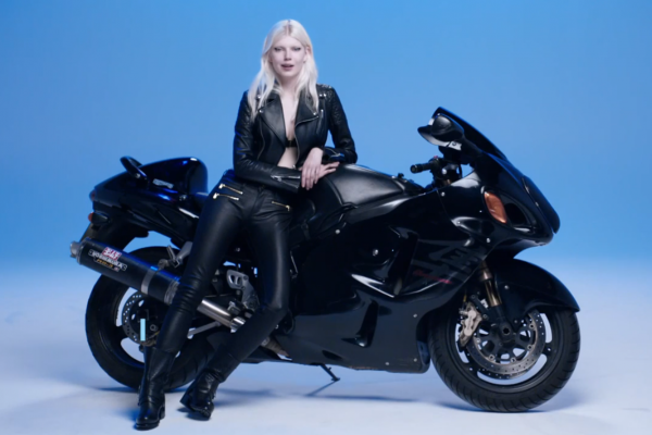 Model Mother Tongue : Learn Polish with Ola Rudnicka
