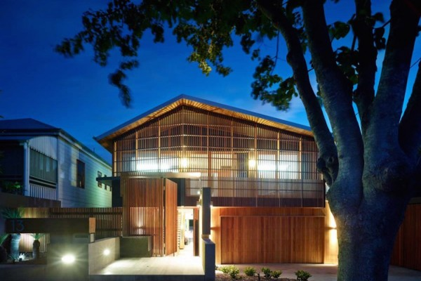 The Palissandro House by Shaun Lockyer Architects