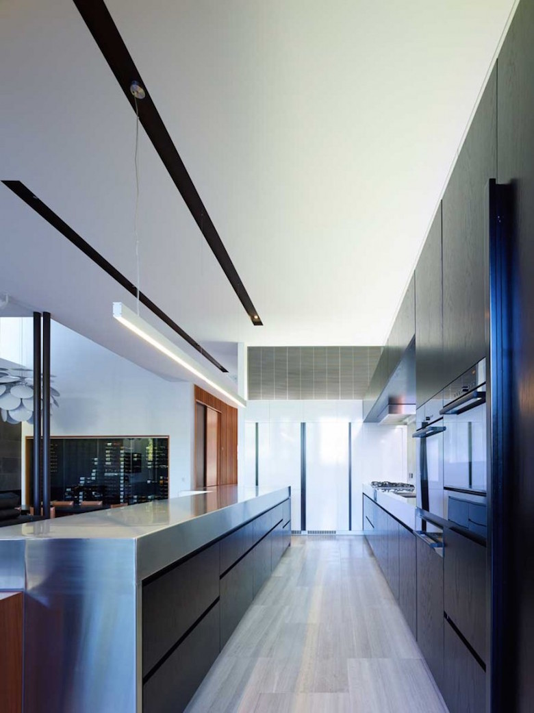 The Palissandro House by Shaun Lockyer Architects 9