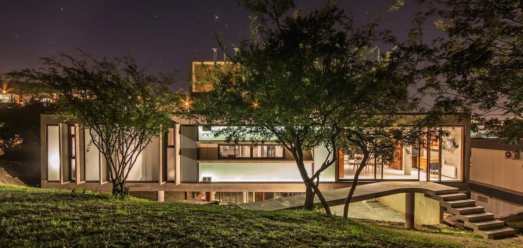 House in La Rufina - Santiago Carlos Viale + Daniella Beviglia