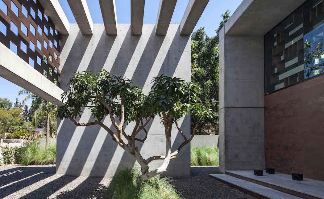 Corten-House-Pitsou-Kedem-Architects 9