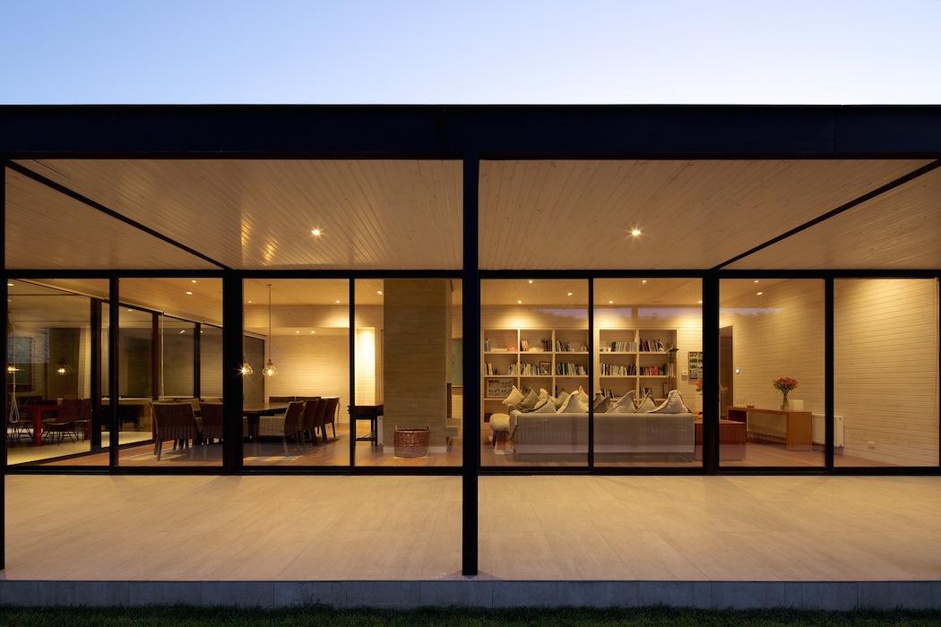 Casas 10 y 10 + 10 by Gonzalo Mardones Viviani