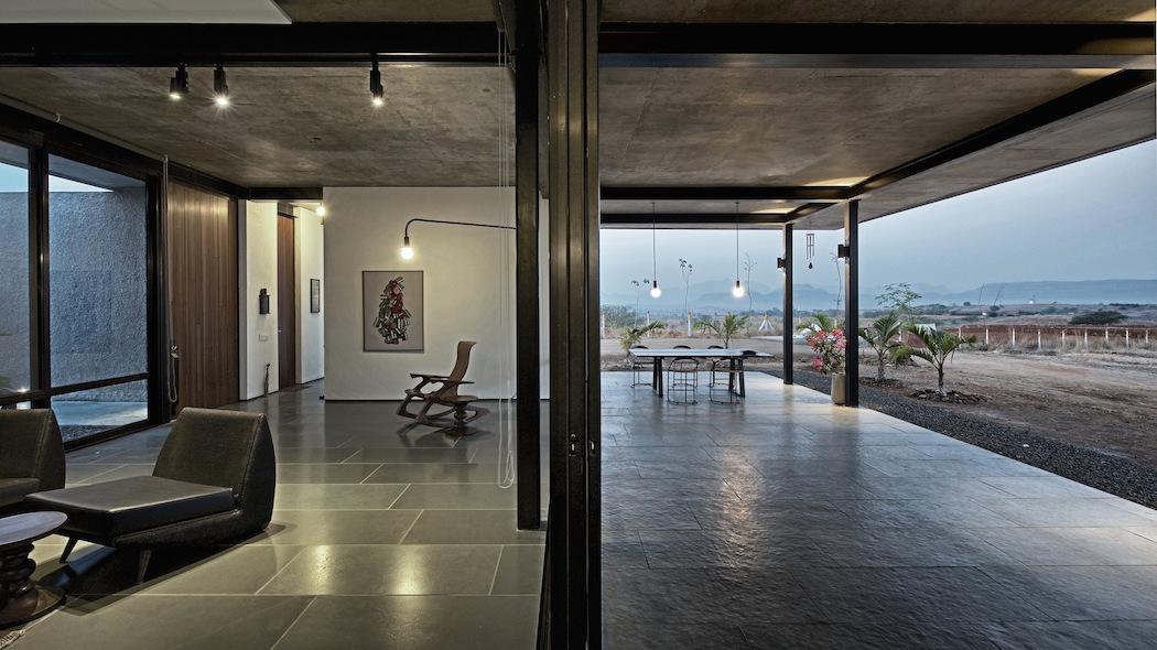 Deolali House : SPASM Design Architects 2