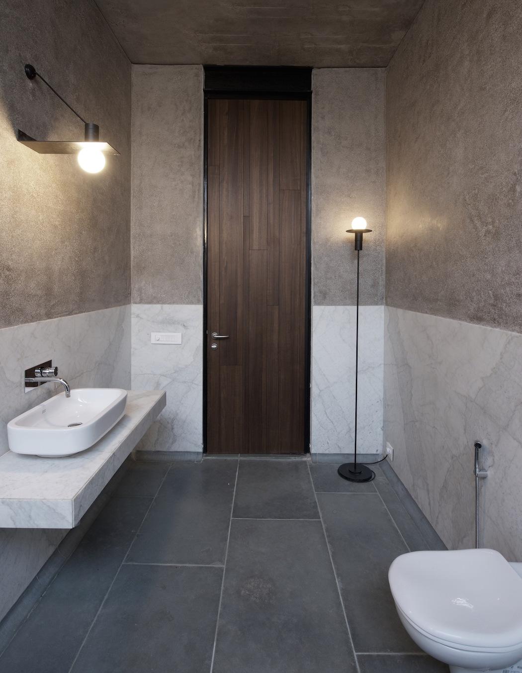 Deolali House : SPASM Design Architects 5