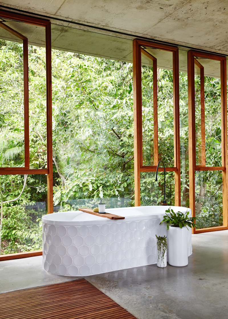 Planchonella house by jesse bennett elusive magazine for Decoration maison tropicale