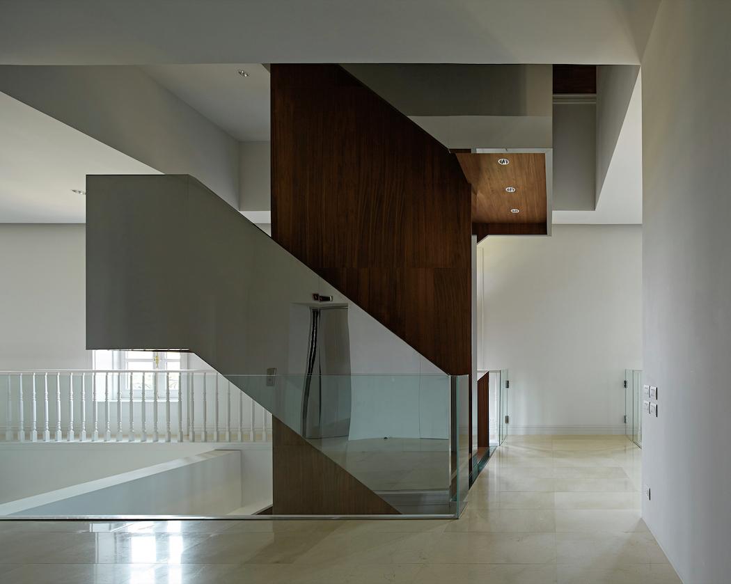 House in Pakse : Makoto Yamaguchi Design 3