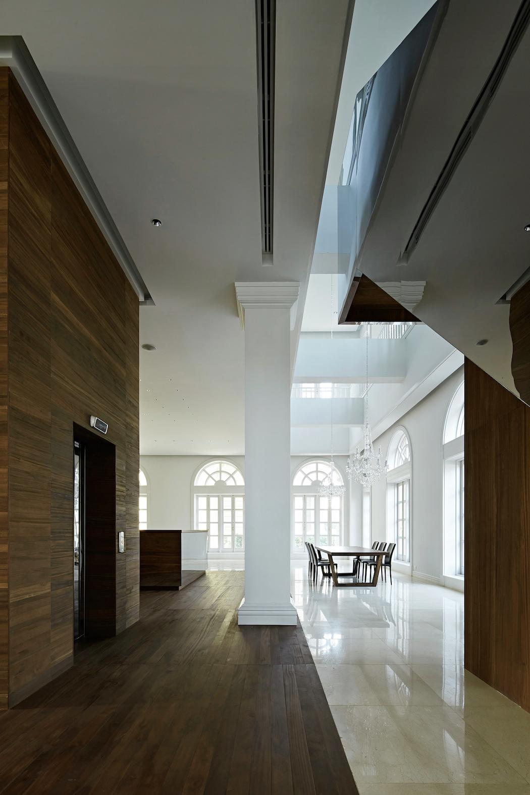 House in Pakse : Makoto Yamaguchi Design 5