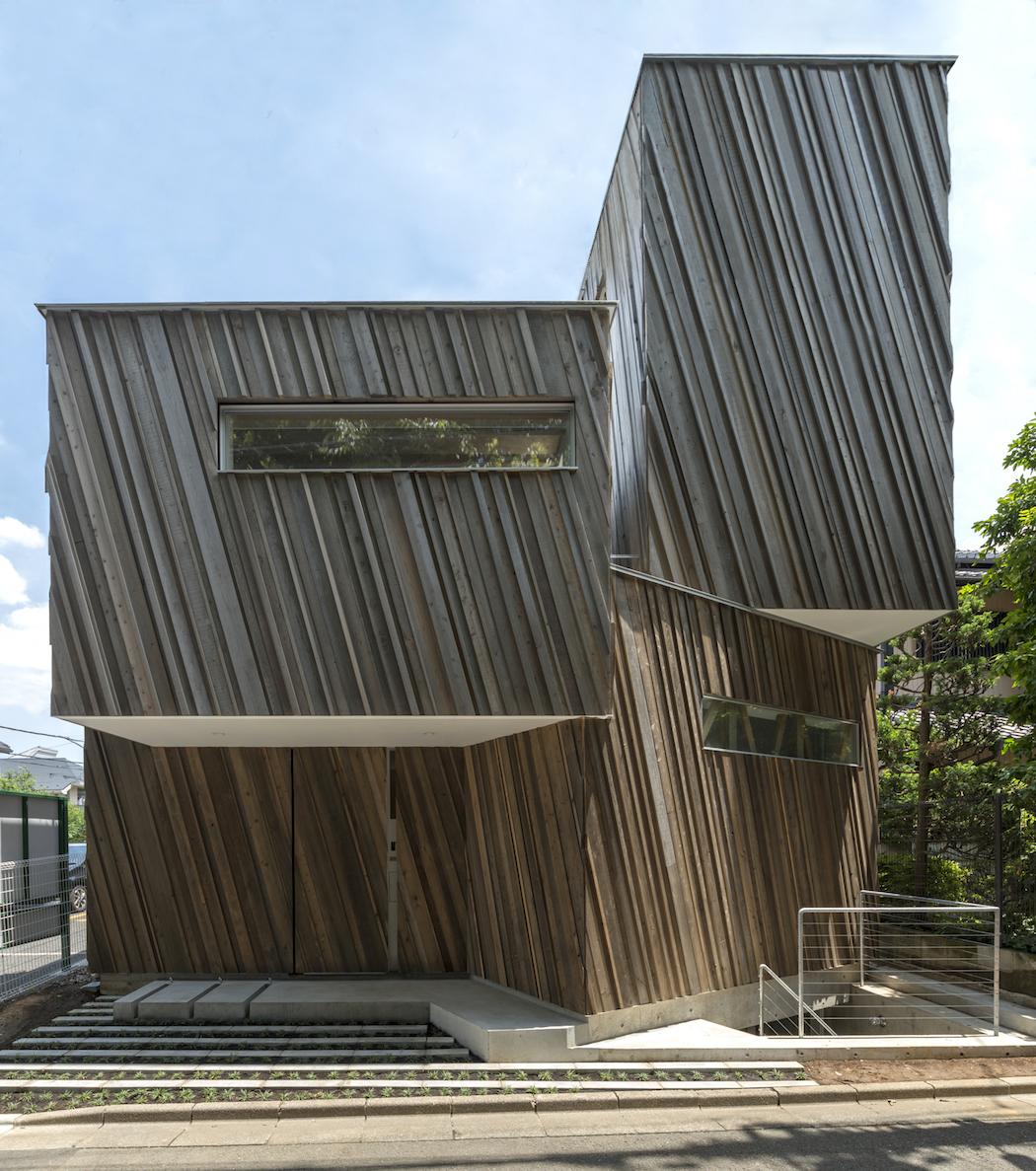 Kyodo House : SANDWICH + team Low-energy 1
