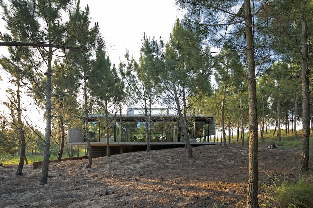 L4 House : Luciano Kruk 1