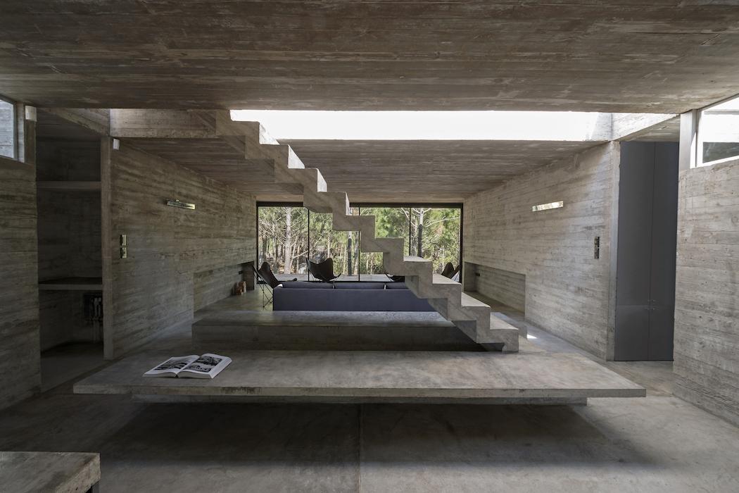 L4 House : Luciano Kruk 3