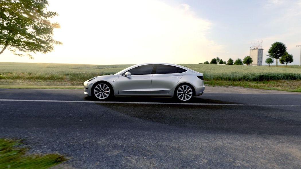 Tesla Model 3 -4