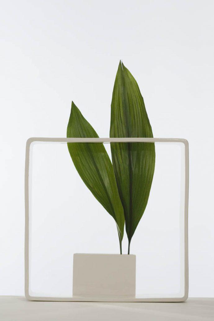 2008 Andrea Branzi ELUSIVE Dimitria Markou art vase architecture design Portali Vase Portali n°17 Photography Matteo Carassale