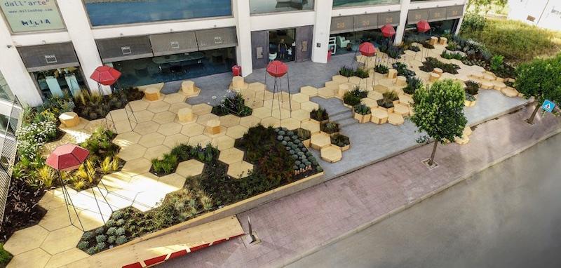 Zighizaghi multi-sensorial urban garden 1