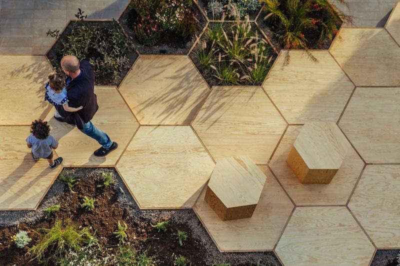 Zighizaghi multi-sensorial urban garden 2