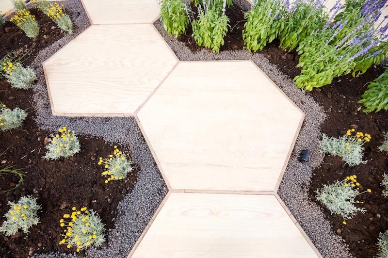 Zighizaghi multi-sensorial urban garden 4