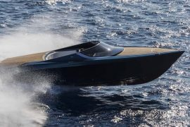 aston-martin-powerboat