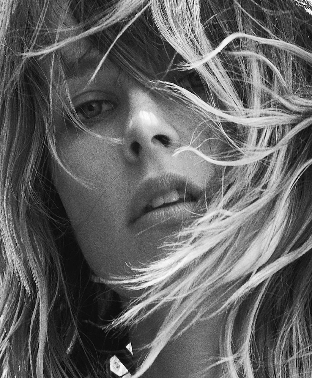edie-campbell-by-lachlan-bailey-for-industrie-magazine-fall-16-1
