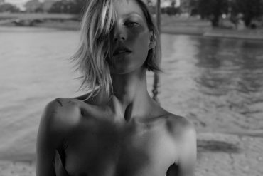 anja-rubik-by-inez-and-vinoodh